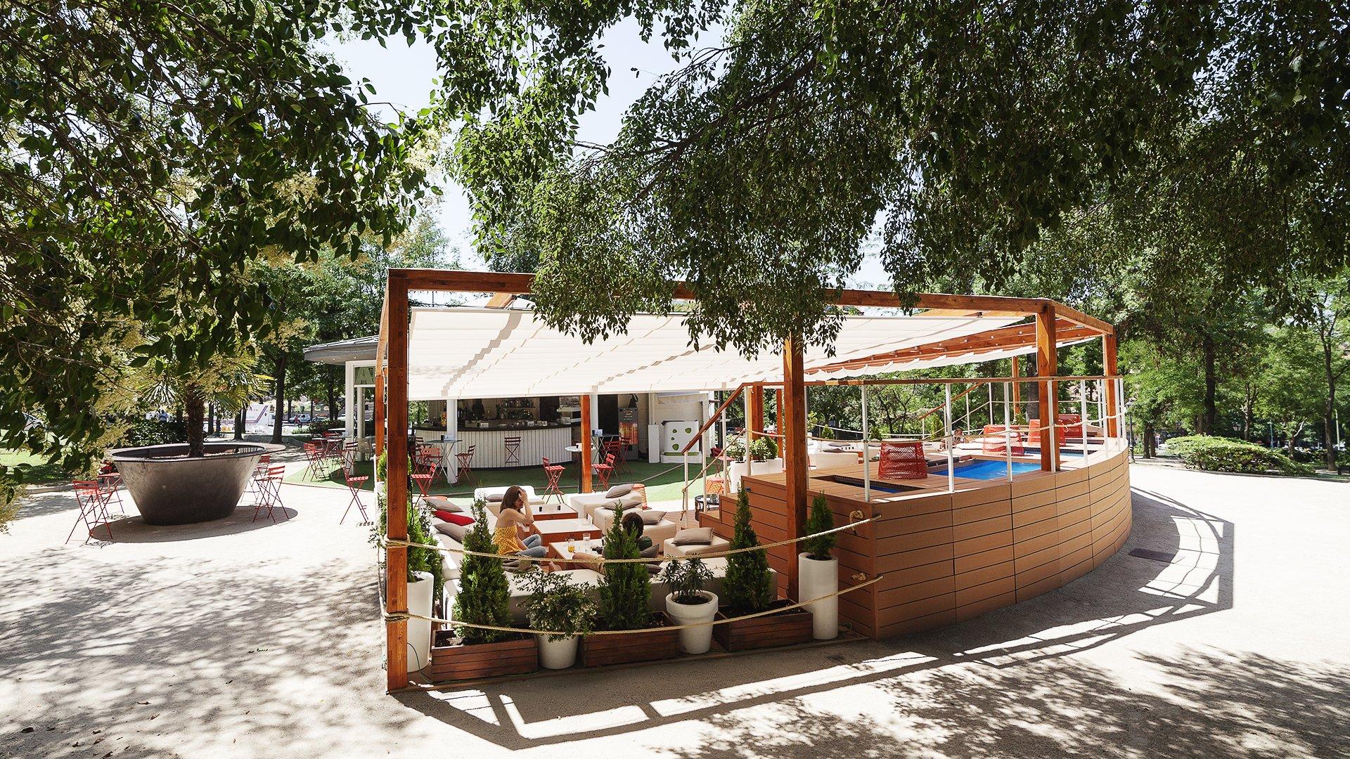 Terraza Atenas Mahoudrid Mahou
